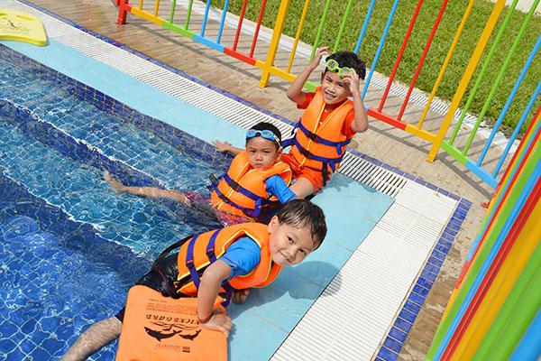 kg-swimming-pool